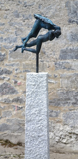 Tobias ans Sara 2, 160cm Bronze on granite